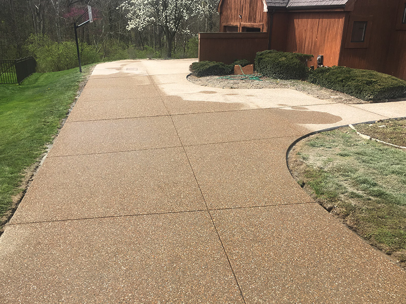 C and M Concrete Custom Driveway -9