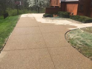 C and M Concrete Custom Driveway -9