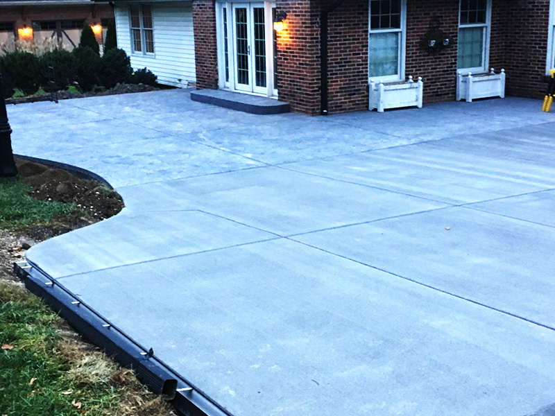 C and M Concrete Broom Swept Driveway Patio Patio -4